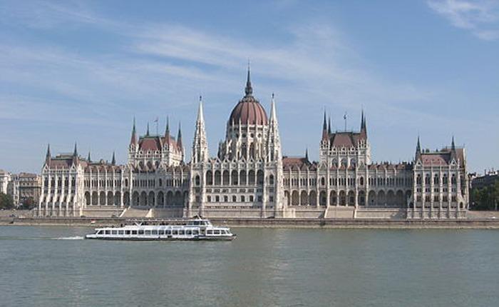 ungaria-investeste-zeci-de-milioane-de-euro-in-mures,-harghita-si-covasna