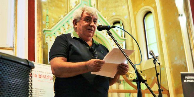 al-cistelecan,-laudatio-pentru-ioan-es.-pop-la-festivalul-international-de-poezie-si-muzica-poezia-e-la-bistrita