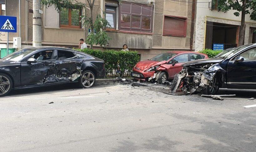 ministrul-transporturilor,-razvan-cuc,-implicat-intr-un-accident-rutier