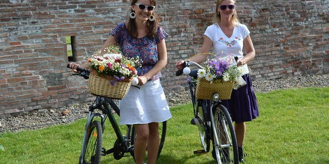 invitatie-la-skirtbike