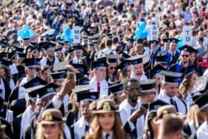 stadionul municipal targu mures va gazdui cei 1 500 de absolventi umfst promotia 2019