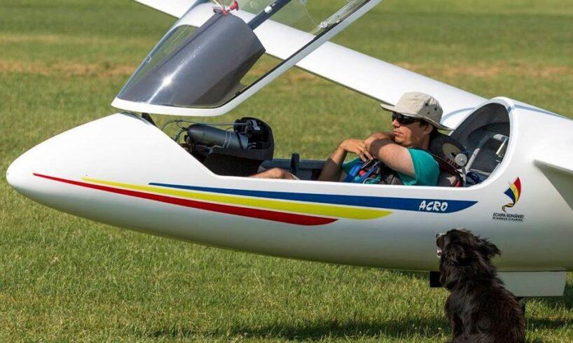 performanta-–-comandantul-adjunct-al-aeroclubului-targu-mures,-daroczi-lorand,-la-campionatul-mondial-de-acrobatie-cu-planorul