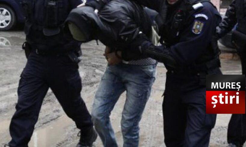 politia.-muresean-luat-de-acasa-si-bagat-la-inchisoare-dupa-ce-a-fost-condamnat-pentru-ultraj!