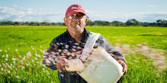 15 000 de euro pentru micii fermieri