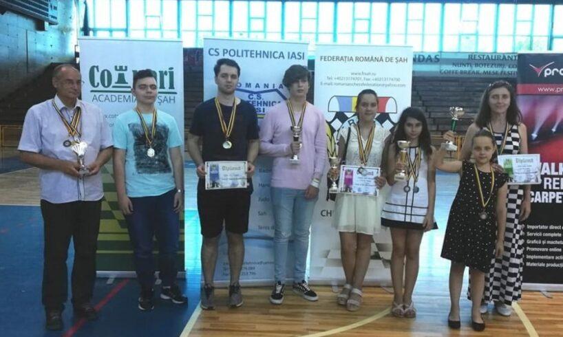 cinci-medalii-pentru-sahistii-de-la-css-tg.mures