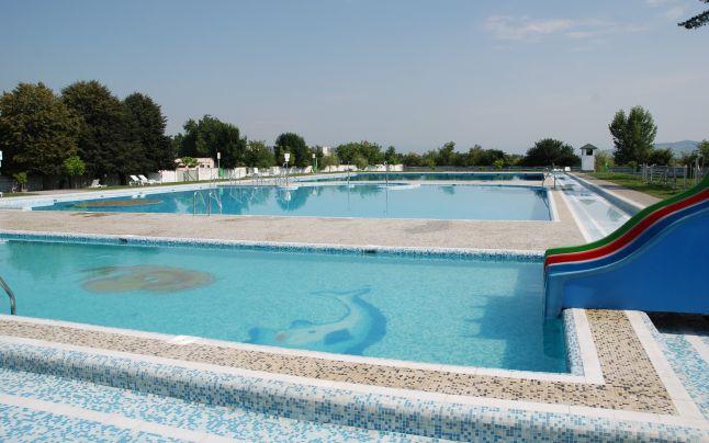 piscina-din-reghin,-amendata-din-cauza-calitatii-apei