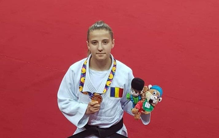 doua-noi-medalii-de-aur-pentru-romania-la-fote