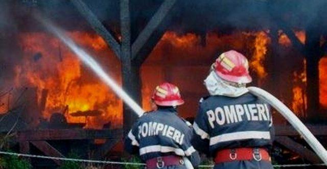 incendiu-in-zau-de-campie
