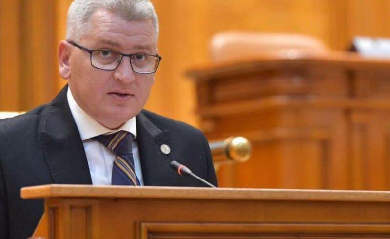 """video:-florin-roman,-proiect-de-lege:-""""fara-contracte-din-bani-publici-cu-statul"""""""