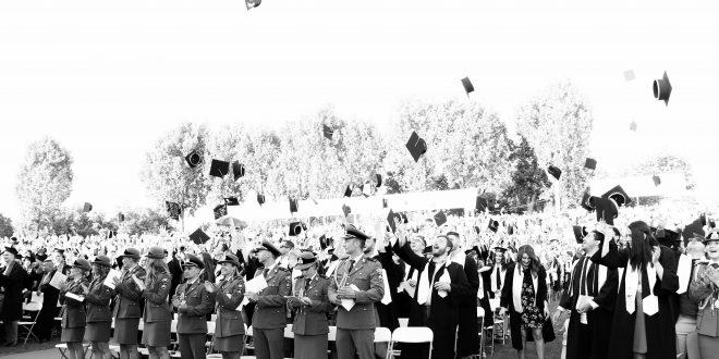 """patru-absolventi-ai-umfst-""""george-emil-palade""""-din-targu-mures-si-au-dezvaluit-planurile-de-viitor"""