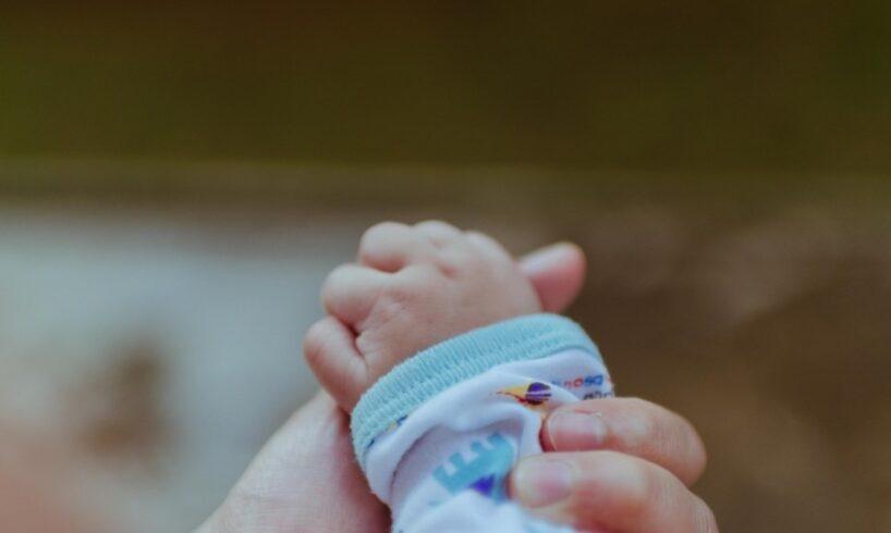 numarul-mamelor-adolescente-este-in-continuare-ingrijorator