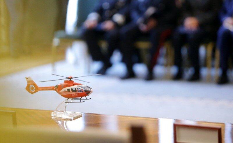 ministerul de interne cumpara zece elicoptere pentru operatiuni medicale si de cautare salvare