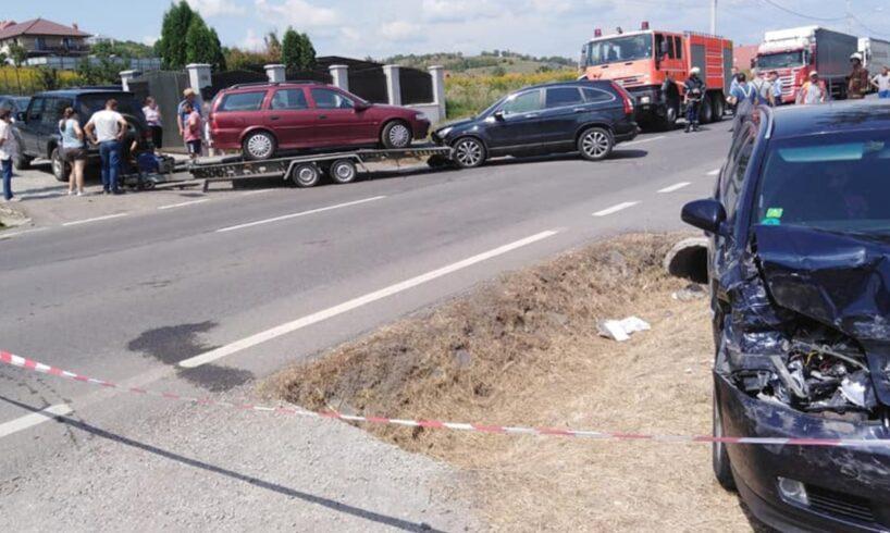 azi.-accident-cu-3-masini,-soldat-cu-7-victime,-pe-dn16!-foto