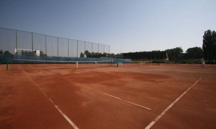 turneu-international-de-tenis-masculin,-cu-premii-de-15.000-de-dolari,-la-tirgu-mures