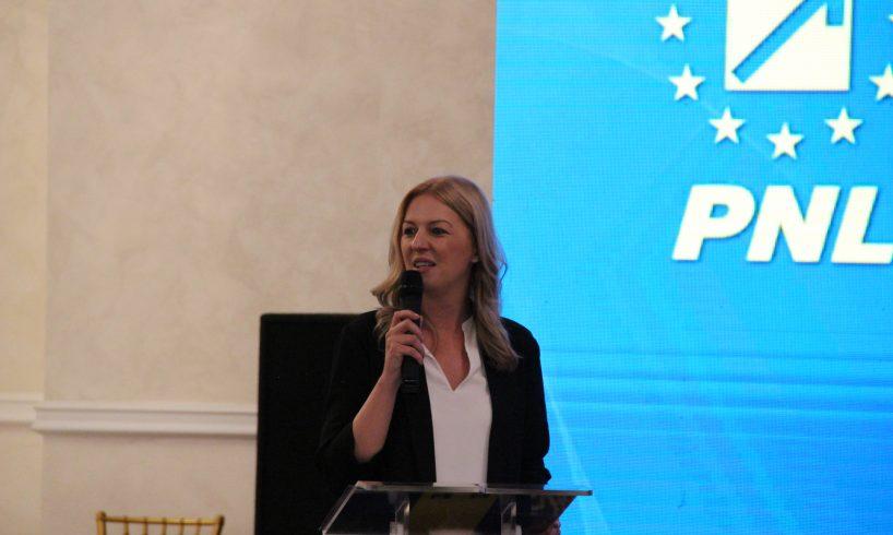 eveniment national al pnl organizat de femeile liberale din judetul mures
