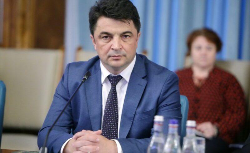 daniel breaz este ministrul interimar al educatiei