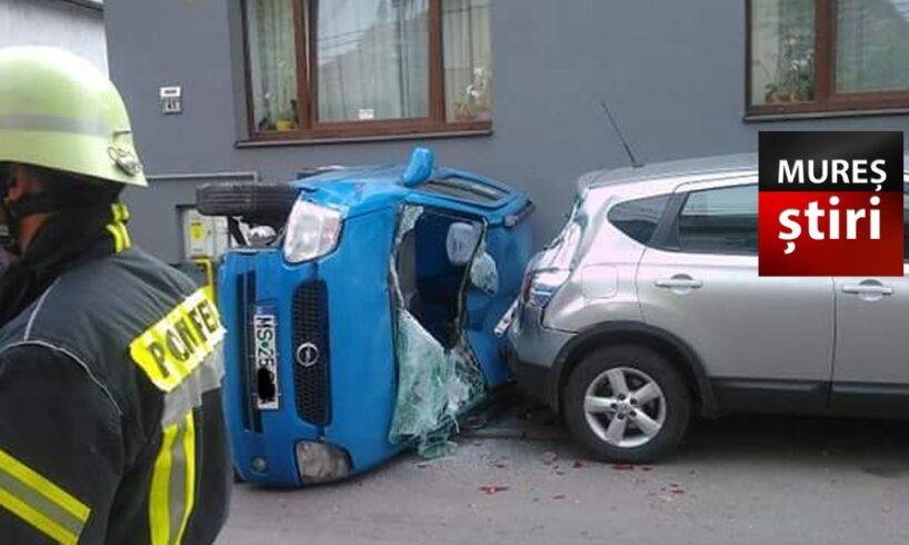 acum accident grav soldat cu masina rasturnata in tirgu mures foto