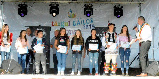 elevii scolii gimnaziale ideciu premiati la targul bailor