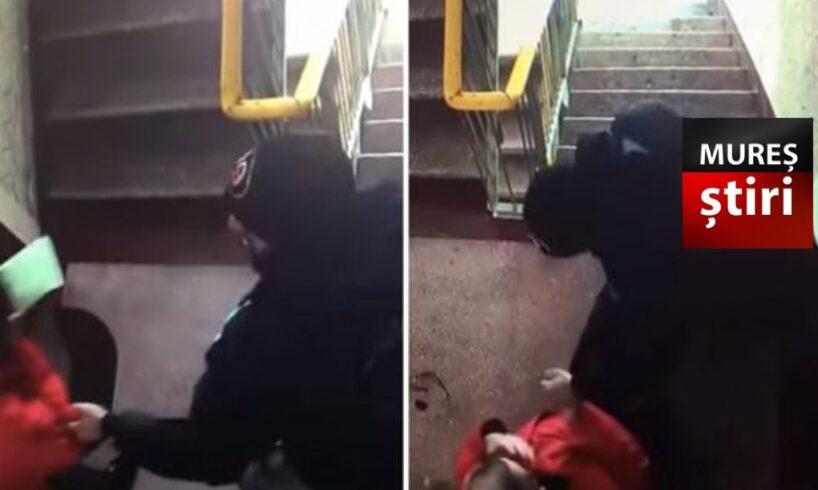 doi tineri mureseni au intrat in casa peste o femeie si i au furat aproape 5 000 de euro