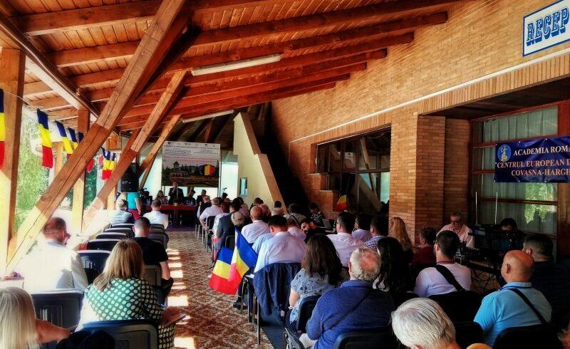 peste 100 de participanti la universitatea de vara izvoru muresului