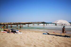 litoralul romanesc este ocupat aproape in intregime in minivacanta de sfanta maria