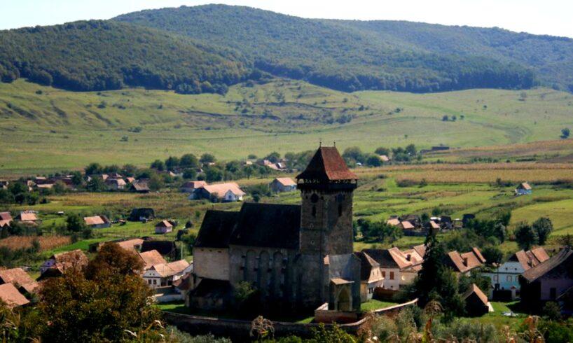 foto satul sasesc din mures magnet pentru turisti