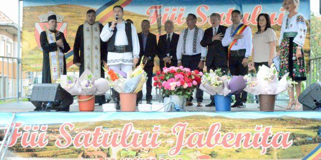 foto fiii satului jabenita dezlegare la bucurie cantec joc si voie buna
