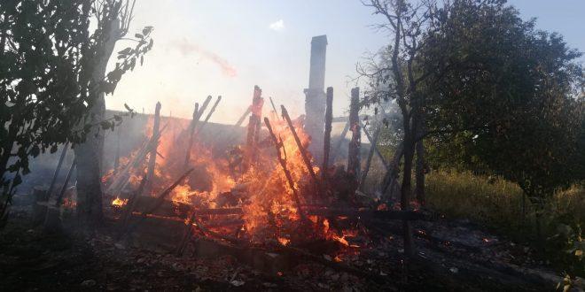 foto incendiu in dambu