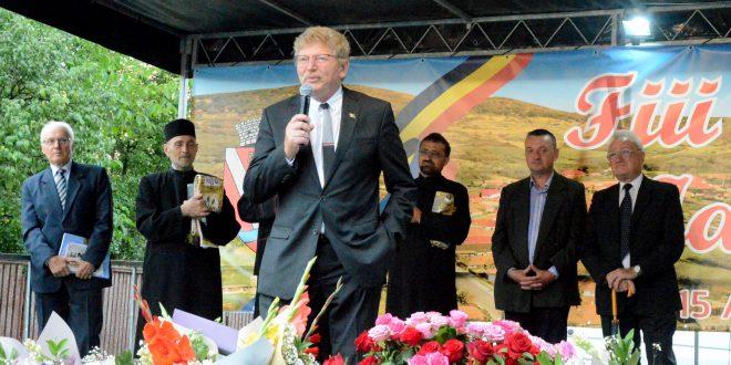 consulul-onorific-al-romaniei-la-quebec,-reintoarcere-de-suflet-in-satul-natal