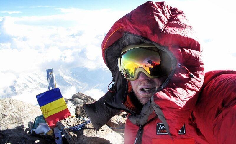 presedintele klaus iohannis l a decorat post mortem pe alpinistul zsolt torok