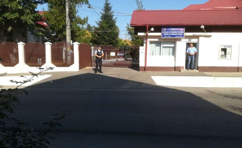 doi raniti in atacul de la spitalul din sapoca sunt in stare grava