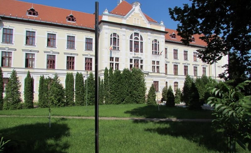 trei-colegii-din-tg.mures-incep-scoala-in-santiere-conservate