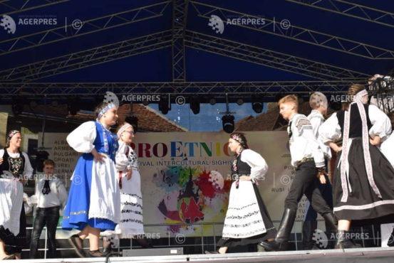 proetnica,-cel-mai-mare-festival-interetnic-din-romania,-a-inceput-la-sighisoara