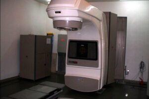 pacientii-din-mures-care-au-nevoie-de-radioterapie-se-pot-intoarce-de-luni-la-tratament