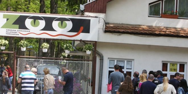23 august ziua portilor deschise 55 de ani de la infiintarea gradinii zoologice din targu mures