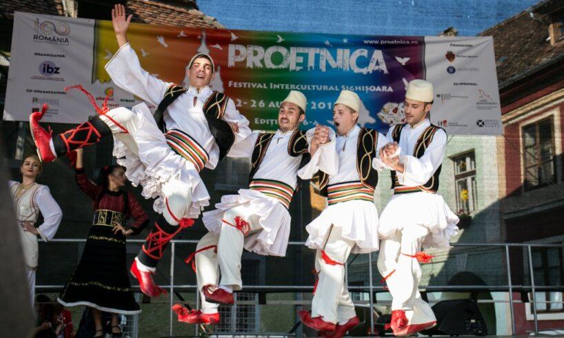 sighisoara-este-capitala-tuturor-comunitatilor-etnice-din-romania