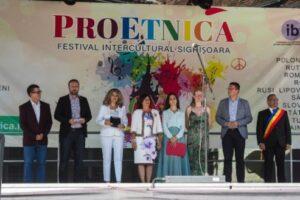 peste-600-de-personalitati-ale-lumii,-la-proetnica-2019
