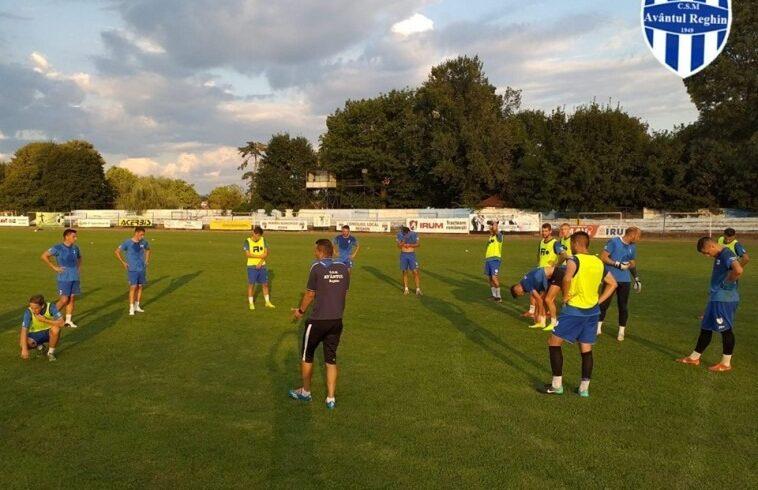 liga-a-iii-a-de-fotbal,-etapa-inaugurala