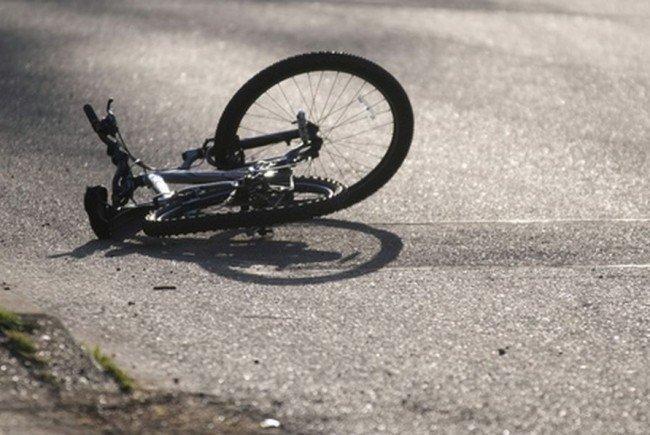 biciclist-de-70-de-ani,-accidentat-grav-la-bistra-muresului