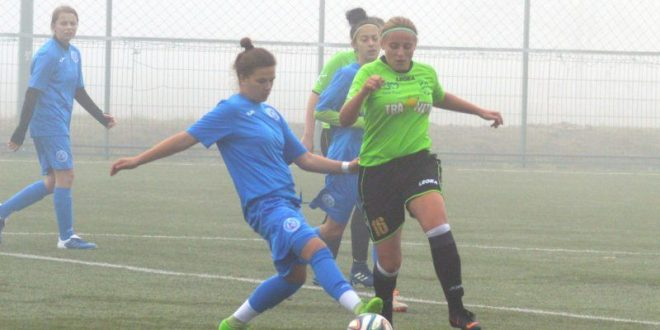start-intarziat-la-fotbal-feminin