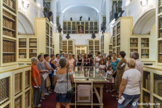 curiozitati despre renumita biblioteca teleki din targu mures