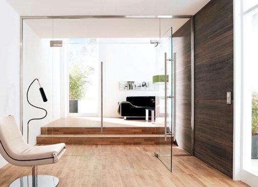 usa de sticla modelul potrivit atat pentru apartament cat si pentru casa