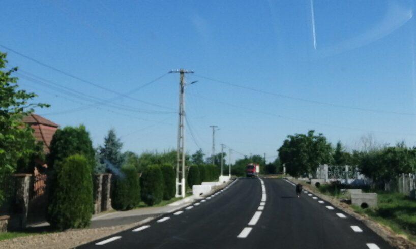 sc media marketing srl au fost finalizate lucrarile de modernizare ale drumului comunal dc132 din comuna band