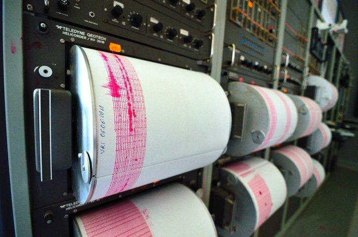 cutremur de 4 grade pe richter in vrancea