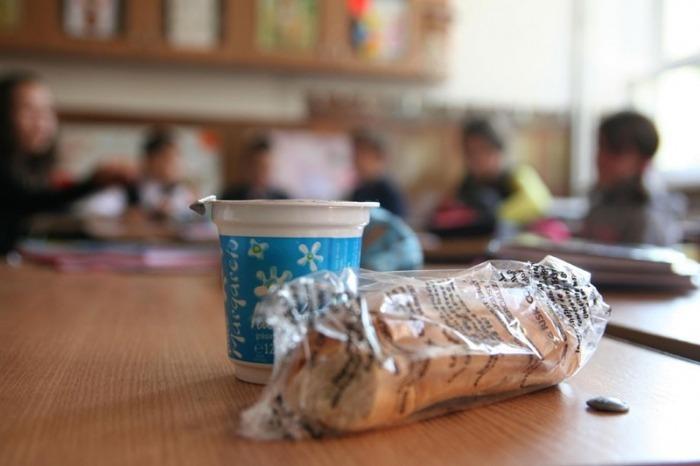 42.000-de-elevii-si-prescolarii-din-judetul-sibiu-primesc-lapte,-corn-si-mere-din-prima-zi-de-scoala