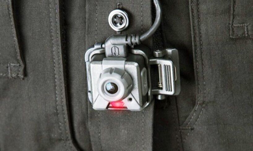 politistii de ordine publica din covasna dotati cu camere audio video bodycam