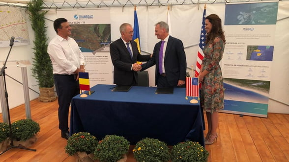 contract semnat intre reprezentantii companiilor transgaz si black sea oil gas