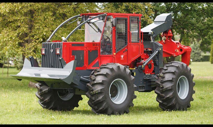 distinctie.-noul-tractor-produs-la-reghin-a-fost-desemnat-produsul-anului-2019!