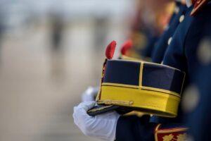 ceremonie de inhumare la buzau a militarului ciprian polschi