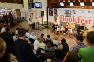 peste-50.000-de-volume,-cu-reduceri-de-pana-la-70%,-la-bookfest-targu-mures